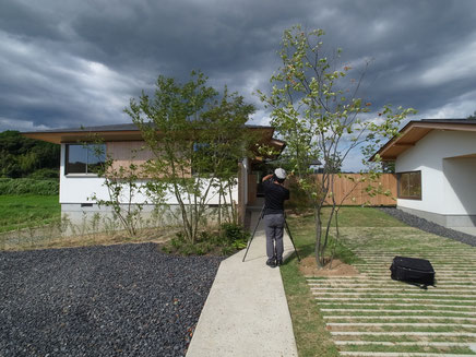 「兄の家」撮影風景 / 小川重雄写真事務所 小川重雄さん