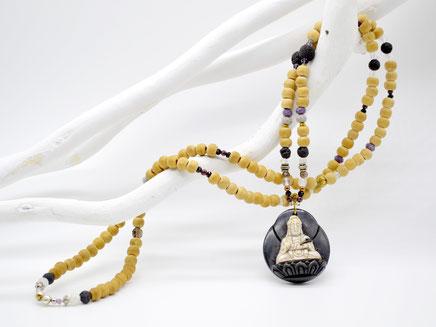 Unikat Mala, helles Holz Buddha-Amulett