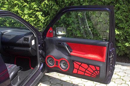 doorboards mit radical audio tieftöner im spiderman look