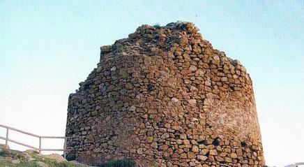 Torre de la Punta del Cavall  de Seguró, en la reserva natural de la Serra Gelada,Comunitat Valenciana.
