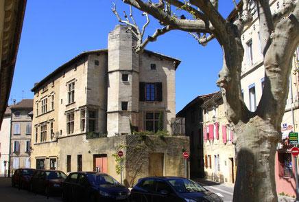 Bild: Renaissance Haus aus dem 15. Jh. in Roquemaure