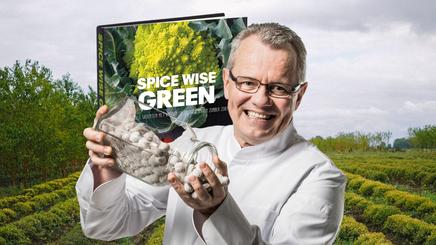 Michel Hanssen - SVH meesterkok en auteur van kookboeken
