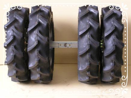 【楽輪】品番006番の後輪ラグWタイヤ