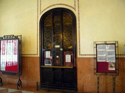 Ticketschalter im Bahnhof von Taormina