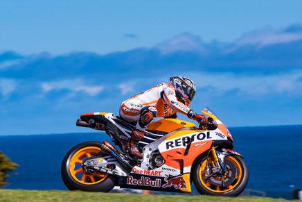 Internationale Konzerne wie Repsol oder Red Bull finden ihren Platz in der MotoGP. Wo sind die deutschen Unternehmen? Fehlanzeige.