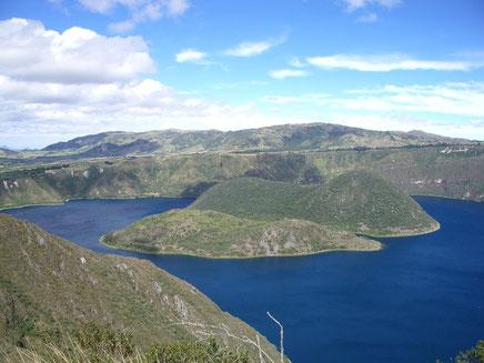 Die Laguna Cuicocha ist beliebtes Ausflugsziel bei Otavalo im Norden Ecuadors