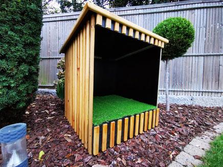 dm4u-honden-hond-puppy-pup-toilet-hondentoilet-dog-dogs-toilet-buiten-luxe-overdekt-buitentoilet-outside-dog-toilet-doggy-loo-doggyloo