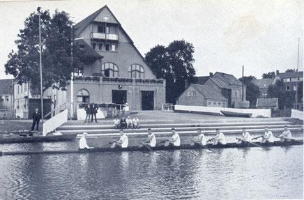 Ruderverein von 1882 - Bootshaus am Kanal,erbaut 1923-1924