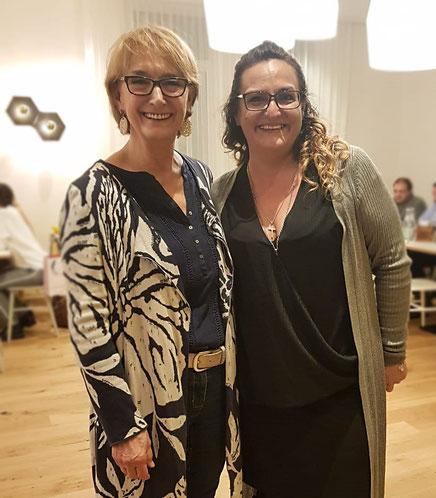 Frau Brigitte Breitfelder und Frau Silvia Kendzie bei der Benefiz-Aktion
