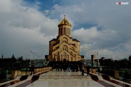 Самый высокий рейтинг доверия в Грузии по-прежнему у Православной Церкви
