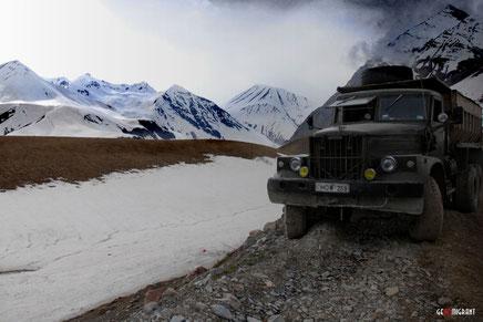 Военно-Грузинская дорога остается закрытой четвертый день