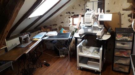 Atelier de broderie à Chanac les mines, en Corrèze - Limousin
