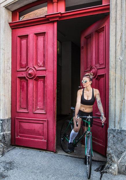 Ivo - Foto 2 - Tür in RoT