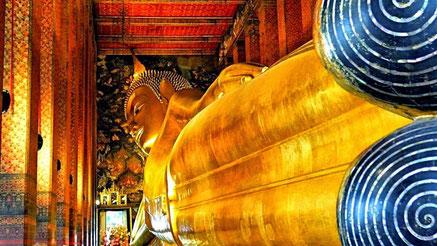 Beeindruckend, 43 m lang ist dieser liegende Buddha