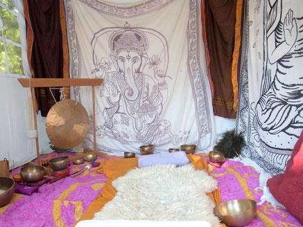 Klangmassage New Healing Festival Klangschalen