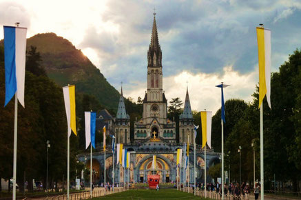 Lourdes top things to do - Sanctuary - Copyright  thierry llansades