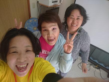 2019年4月9日コスモソフィア研究所笑い(ラフター)ヨガ