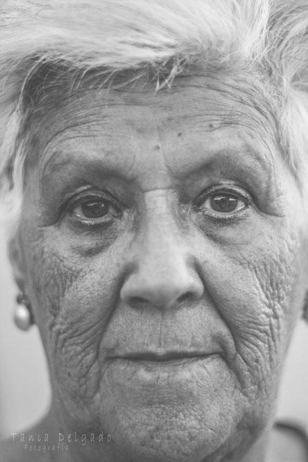 anciano, tania delgadoi fotografia, fotografia social, retrato, blanco y negro