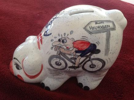 Radfahrer, Mountainbiker, ein super Geschenk! Sparer aus Keramik, handbemalt, 63.-