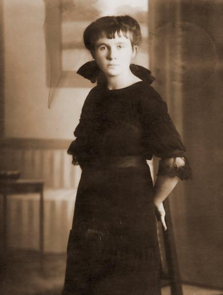 Erna Heinen-Steinhoff in Haus Ahse, historische Aufnahme um 1917