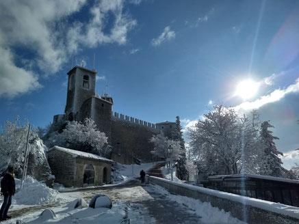 Stunning San Marino - Dante Harker