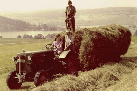Les paysans du Pont se modernisent... (Collection Jean-Emmanuel Rochat)
