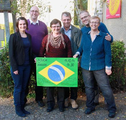 Hannelore Isaak (Mitte), die Leiterin des Kinderpatenschaftsprojektes zu Besuch in der Andreasgemeinde // Foto: privat