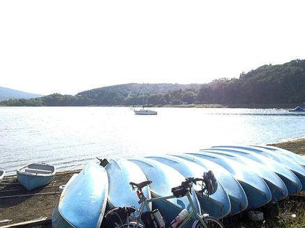 山中湖です。今回も富士山は見えませんでした。