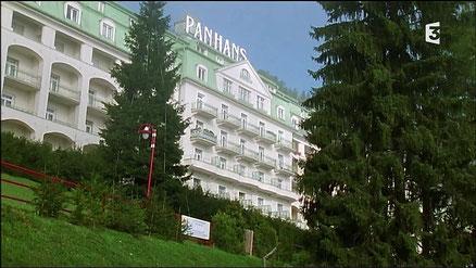 """PANHANS, hôtel du golf à Semmering (à 1h de Vienne), épisode """"Le complot"""" (S4 épisode 7)"""
