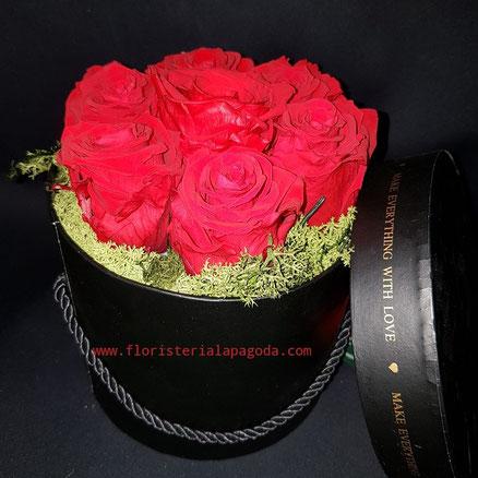 Caja de Rosas.