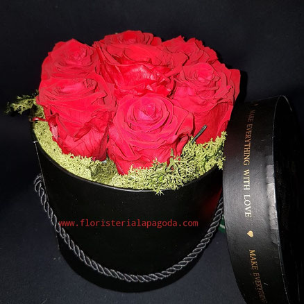Caja de Rosas. ref rosas05