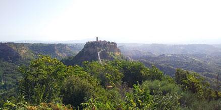 チヴィタ・ディ・バーニョレージョの風景