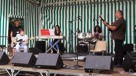 Festival JAZZ360 2013, Atelier Jazz Art de la Fugue, place du bourg, Cénac. Photographie : Christian Coulais