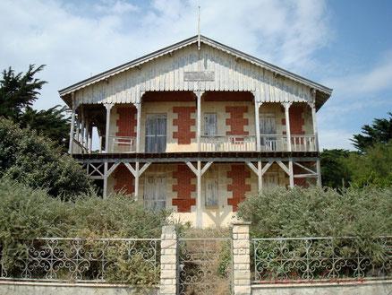 Villa du XIXème siècle, village de l'Amélie, Soulac-sur-Mer Photographie © Christian Coulais