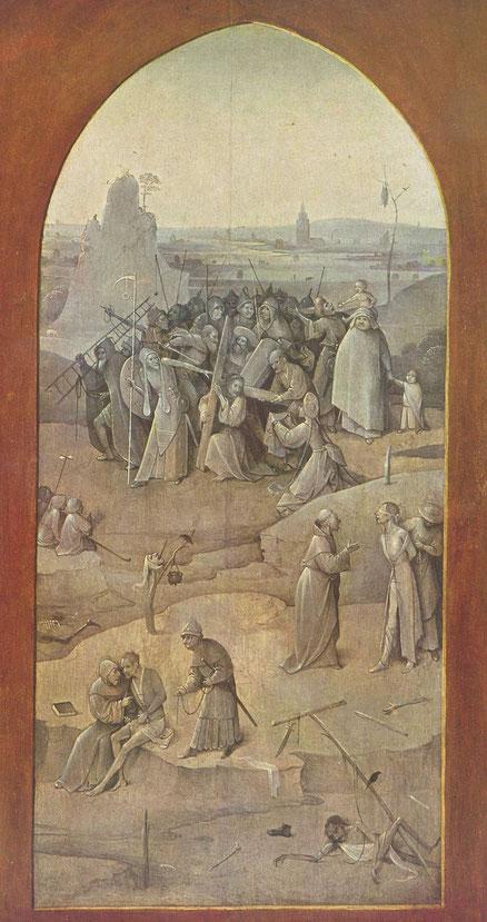 Detalle de la grisalla a puerta cerrada del tríptico, sobre el Camino al Calvario.
