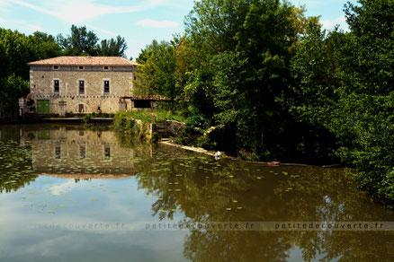 Dropt passant à Eymet Dordogne Nouvelle Aquitaine