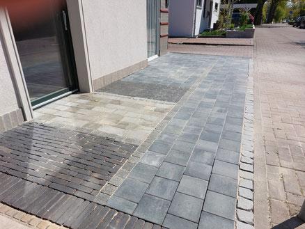 Bau von einem Hochbeet aus Natursteinen in Hannover, Burgwedel, Isernhagen
