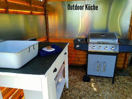 Kleine Outdoor Küche