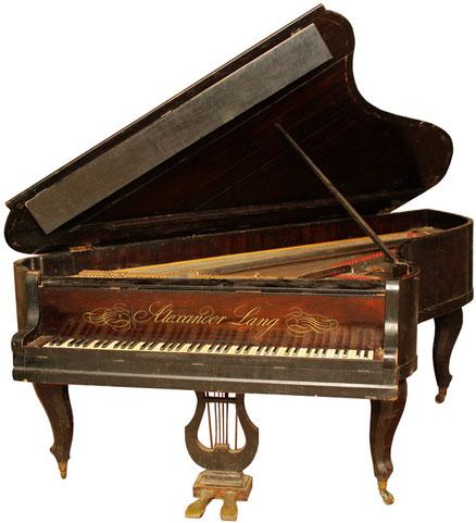 Роялино (рояль в форме спинета) «Александр Ланг» (Москва) выпуска 1840-х гг., фото