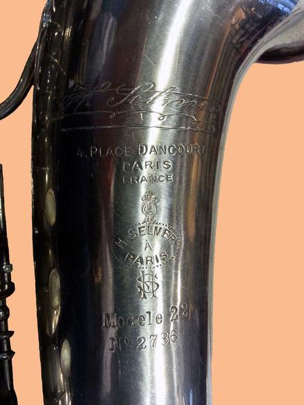 """Acoustique & Mécaniques apporte une attention particulière aux instruments anciens tels que ce SELMER """"Modèle 22"""" dont la mécanique robuste, presque centenaire, reste aujourd'hui au meilleur niveau de conservation."""
