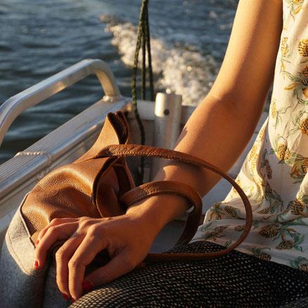 Handtasche aus Leder und Filz
