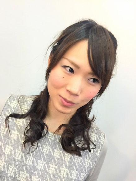 横浜・美容室☆女性の笑顔を作る専門家☆美容家 奥条勇紀 ふわふわハーフアップで可愛く結婚式へGO~