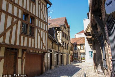 Bild: Fachwerkhäuser in Troyes