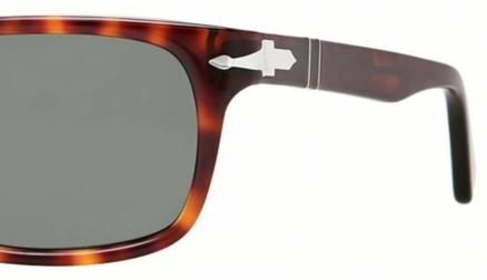 Occhiali da sole uomo Persol Modello: 3048S. Colore: 24/31 tartarugato. Colore lenti: verde. Calibro 55-19, 58-19. Forma: Rettangolare. Materiale: plastica. Protezione UV 100%