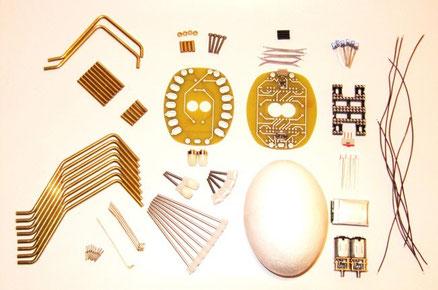 Hauptkomponenten  zum Spinnenbausatz