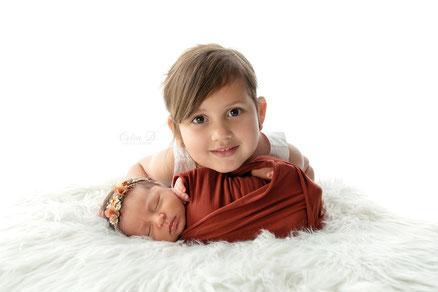 Séance photo naissance nouveau-né bébé à domicile Dijon Beaune Chalon sur Saône Auxonne