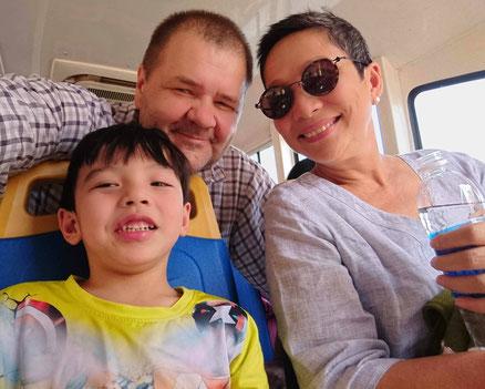 vietnam-saigon-0302020-kindergarten weiterhin geschlossen-unterwegs-neffen-tagesausflug-saigon-river-fluss-wasserbus-waterbus-wassertaxi