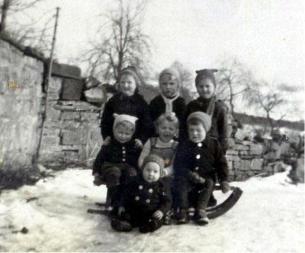 hinten von links, Margrid Heine, Martin Dörfel, Anneliese Quatz. mitte von links Klaus Hirschfeld, Rita Dörge, Christian Mertens, vorn, Lothar Hirschfeld