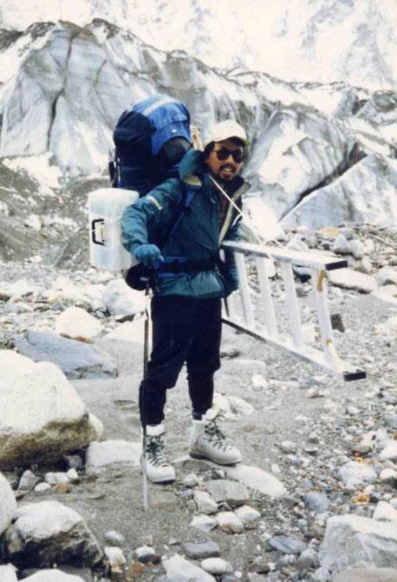 1992年 Mt.Crown (クラウン峰)にて登山途中の齋藤氏(本人提供)