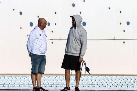 Benjamin Friedrich hier Gespräch mit Carsten Gooßes (Bundestrainer Nachwuchs/Sichtung im DSV) im Trainingslager in Lanzarote
